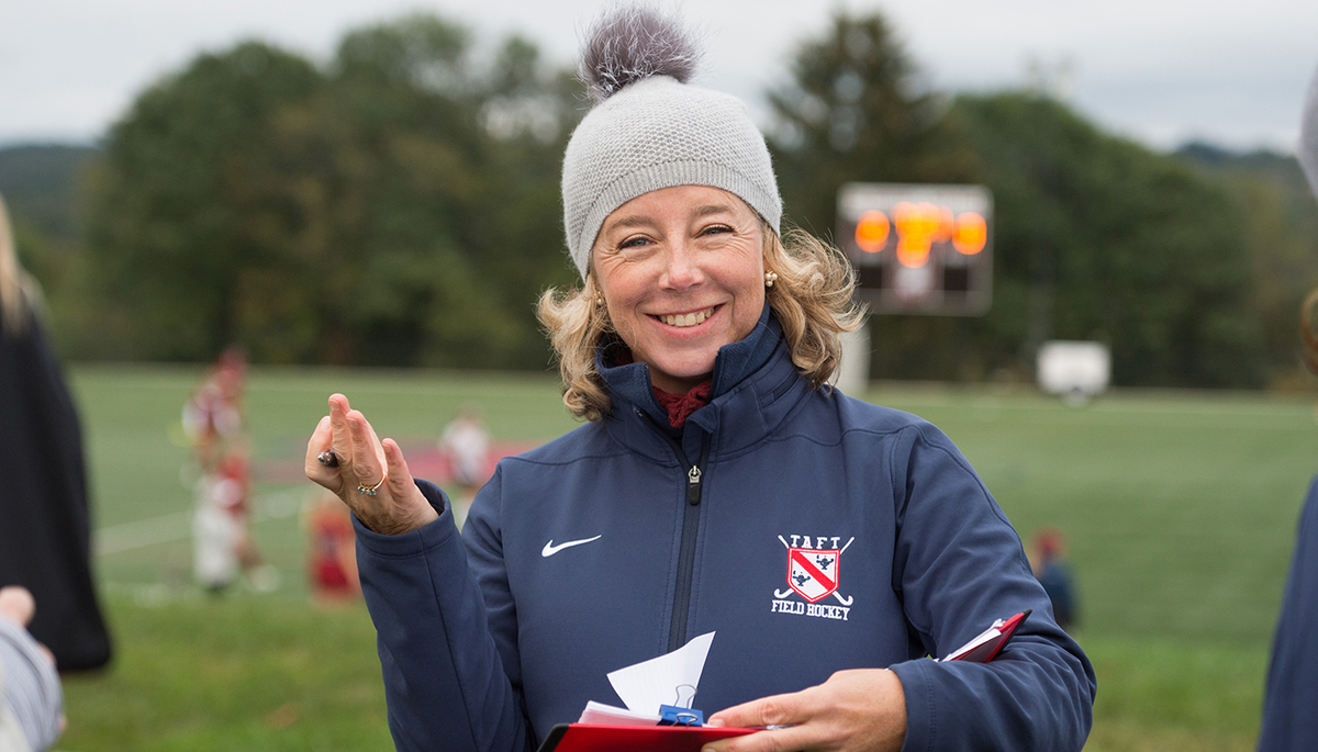 Rachael Ryan Steps Down as Head Coach