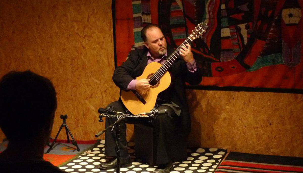 Classical Guitarist in Concert at Taft Friday, March 2