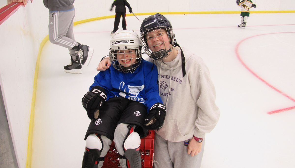 Caeley Smith '19 Brings Disabled Hockey to the Community