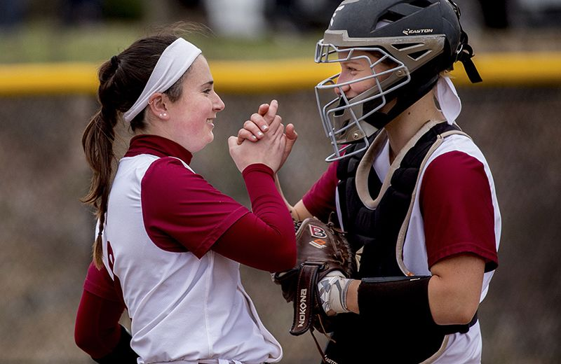 Mary Collette '17 Celebrates Record With Bates Bobcats