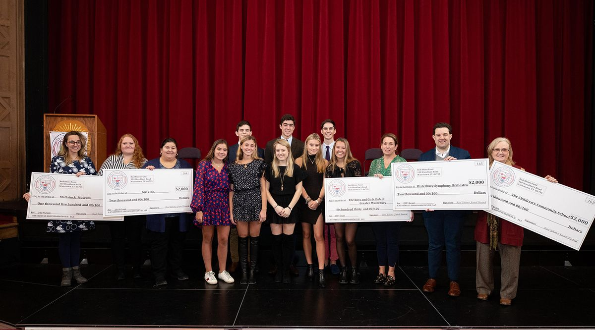 Student Philanthropists Award Grants to Local Nonprofits
