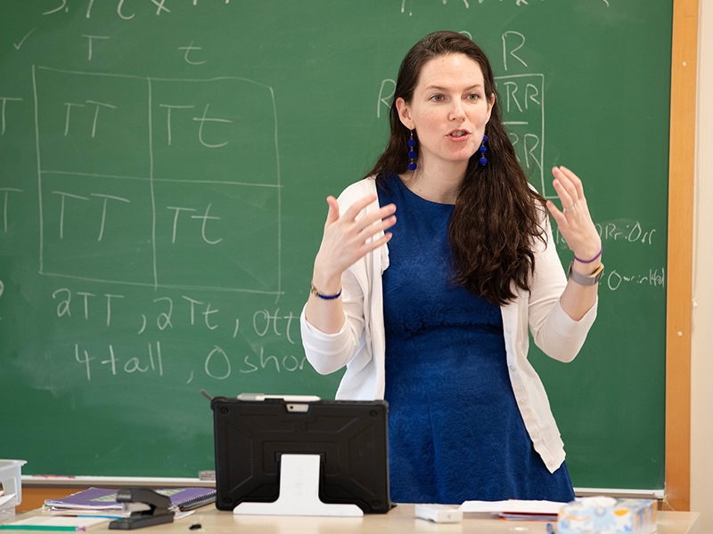 Shannon teaching in her biology classroom.