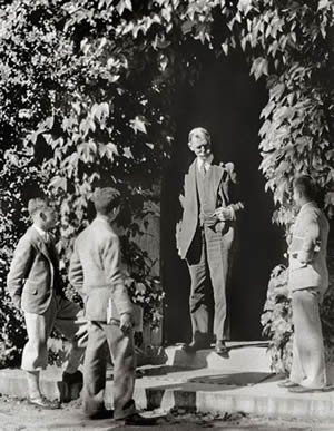 Horace Dutton Taft with students
