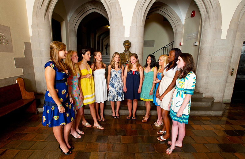 Female Taft students sing in Lincoln Lobby